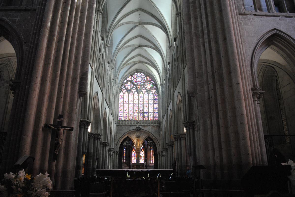 Viaje a Bretaña. Dol-de-Bretagne y el menhir de Champ Dolent