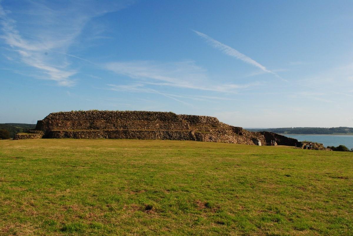 """El Cairn de Barnenez, una de las """"catedrales"""" del megalitismo atlántico."""