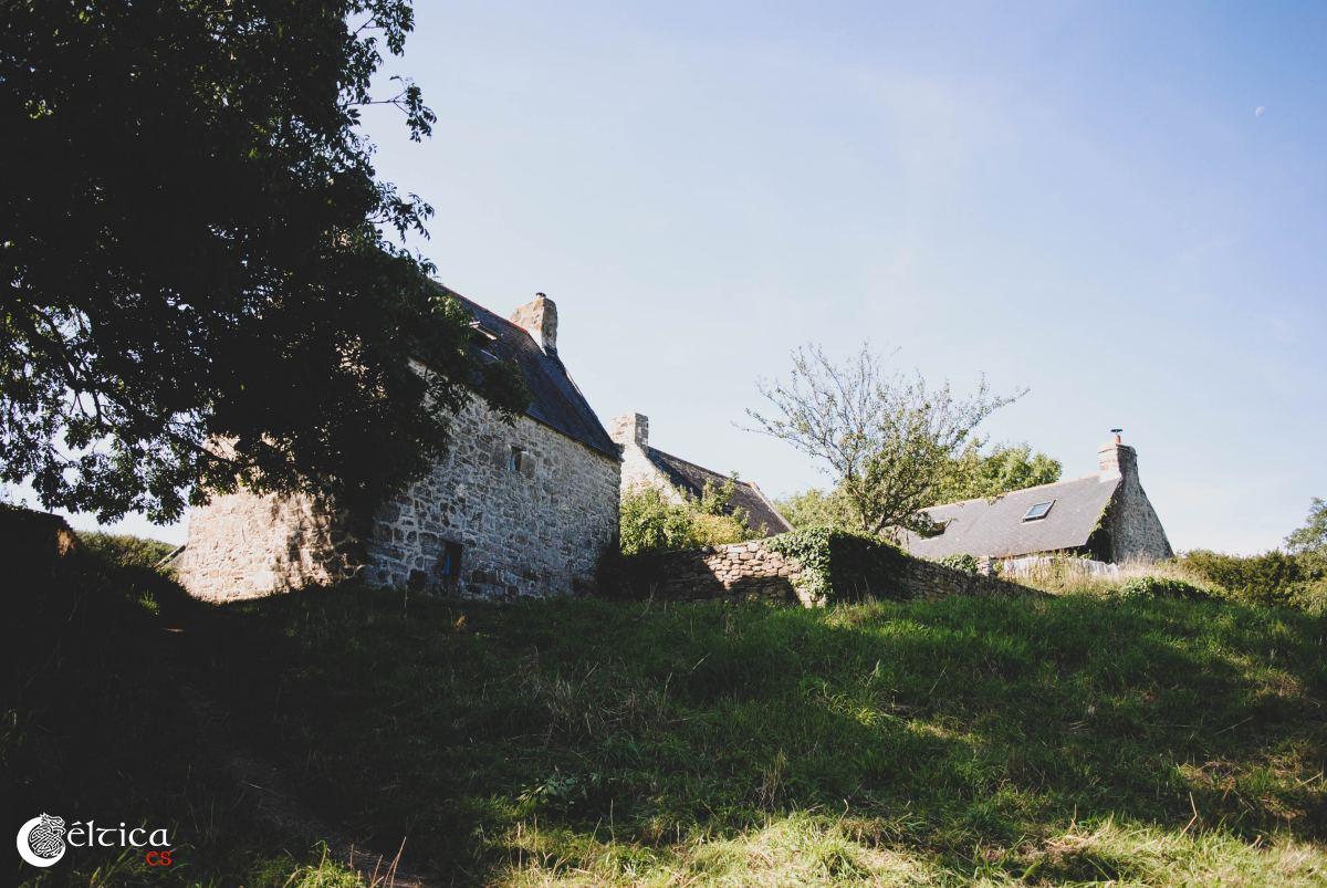 Construcciones tradicionales en Les Plomarch, Douarnenez