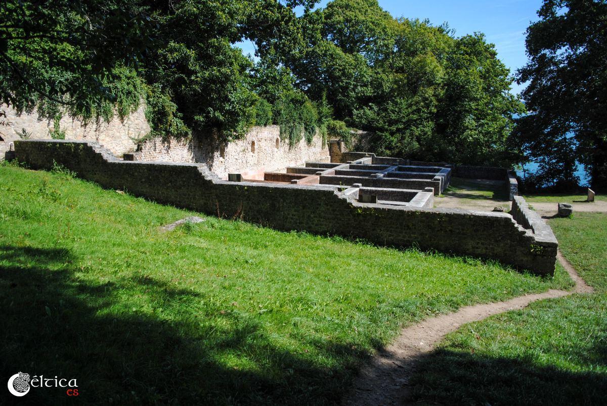 Ruinas de la fábrica de garum y salazones. Douarnenez