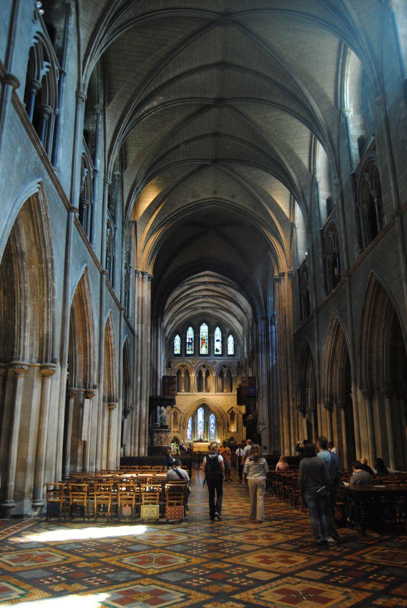 Tres iglesias en Dublín. Christ Church, Iglesia de San Patricio y tomar algo en The Church